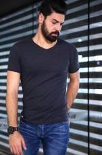 Erkek Erkek V Yaka Kırçıllı Siyah T-Shirt - TŞT001200340
